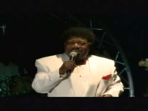 Percy Sledge   Take Time to know her   Crosstown traffic Band Curacao   May 2011   Avila Hotel Curacao