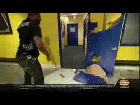 R&age Jackson Breaks Door & Rampage Jackson Breaks Door - YouTube