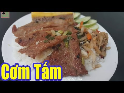 Vietnam Street Food - Broken Rice with Grilled Pork Chop/ Com Tam Saigon