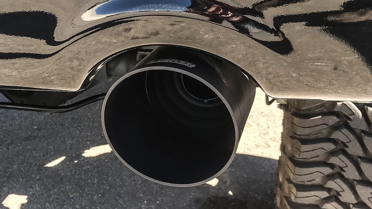 Carven Exhaust Dodge Charger 5 Tip SS