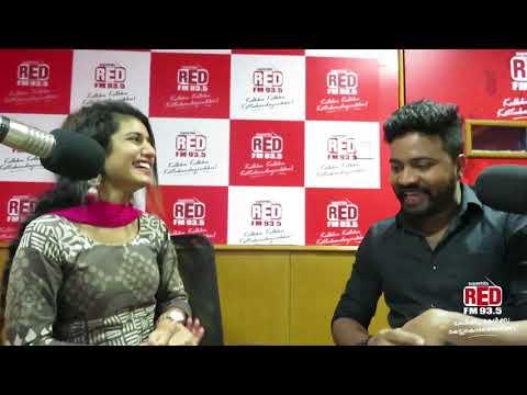 അത് ചെയ്യേണ്ടിയിരുന്നത് ഞാനായിരുന്നില്ല - Priya Varrier Exclusive Radio Interview in RedFM | RJ Mike