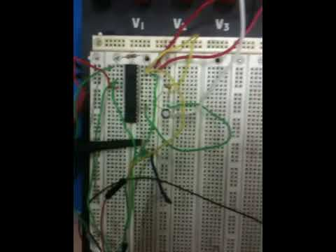 PIC24 LED Blinking