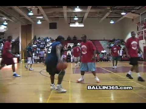 2010 Escalade Classic recap ft. A.O. Helicopter, Special EFX, J.J. Moore and more with sick dunks