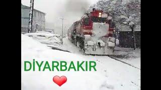 Diyarbakırda kar yağışı muhteşem tren geçişi