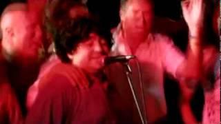 Maradona  tambien  es  10 cantando