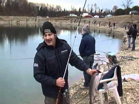 Lago sgagna carlo l 39 ha preso davvero grosso il pesce for Grosso pesce di lago