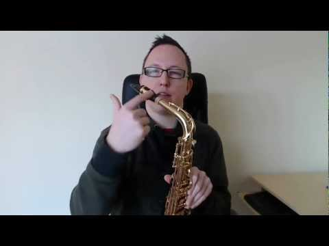 How to play in tune on any Saxophone (Saxophone Lesson BC307)