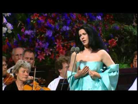 Angela Gheorghiu - Carmen: Je dis que rien ne m'épouvante - Llangollen 2001