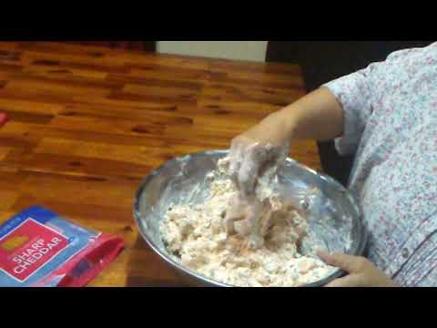 Glo's Ham Dip (with her permission)