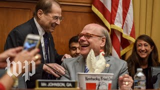 House Democrats threaten Barr with contempt