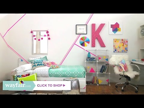Dorm Room Overhaul with Christiane Lemieux thumbnail