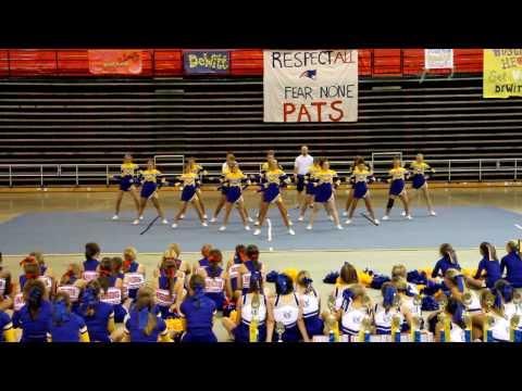 De Witt High School Varsity Cheer Camp 2010 Extreme Routine