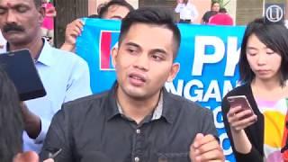 Anggota PKR serah memorandum bantah penggunaan logo parti oleh Dr  Mahathir