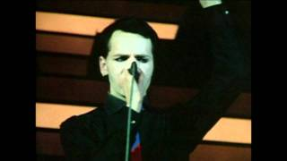 Watch Gary Numan Remember I Was Vapour video