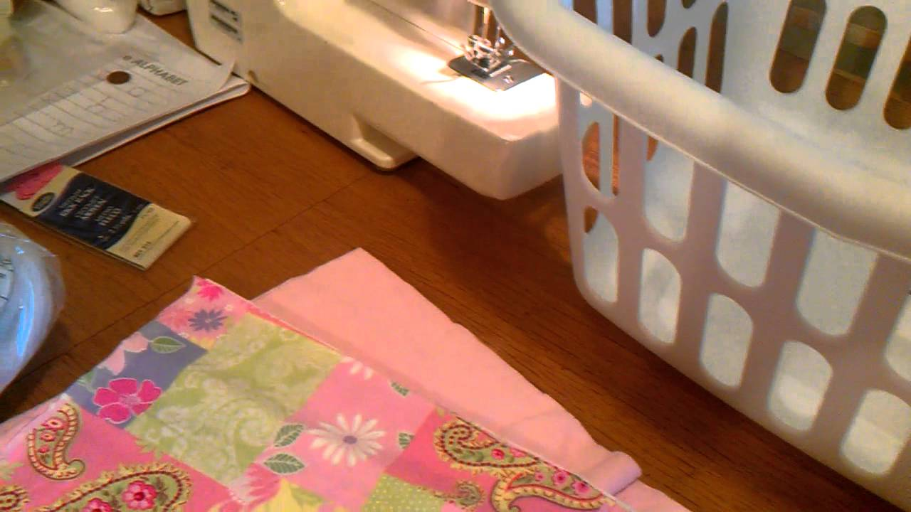 how to make baby sleep in bassinet