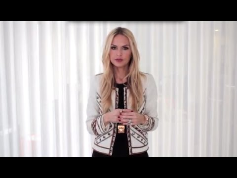 The Extra 5 With Rachel Zoe | Get A Brushless Makeup Look In Under 5 Minutes