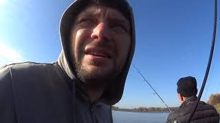 Осенняя ЩУКА и Окунь на Спиннинг в ПоповкеPike on a spinning rod in the fall.