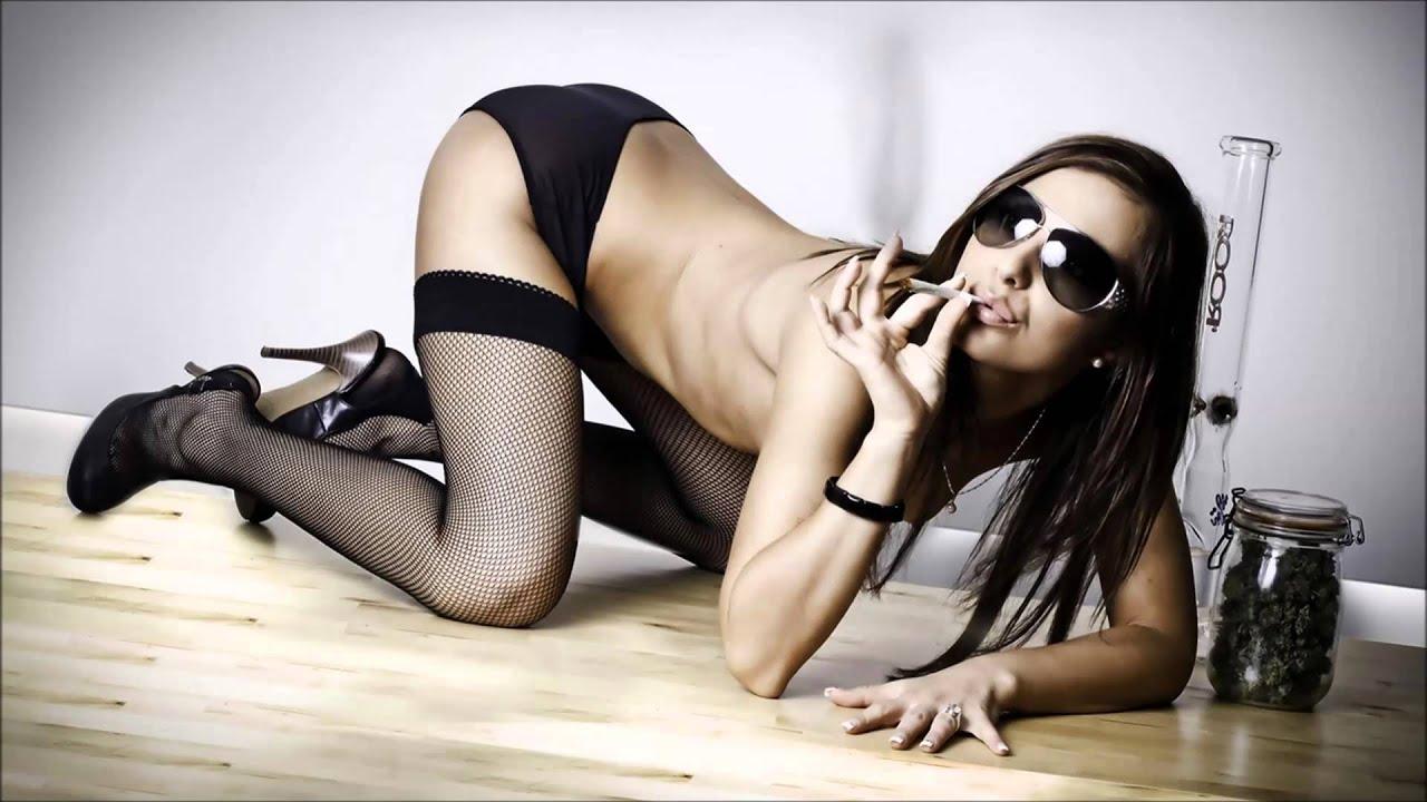weed-sexy-girl