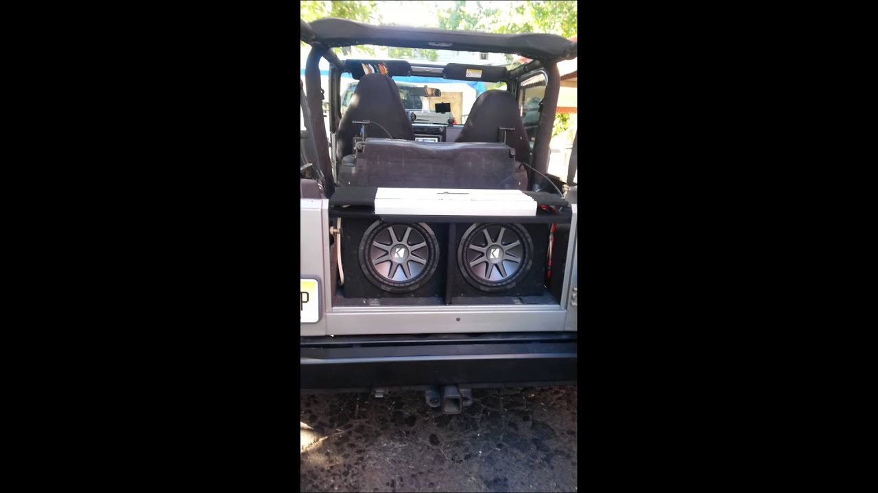 jeep wrangler with costom subwoofer and speakers youtube. Black Bedroom Furniture Sets. Home Design Ideas