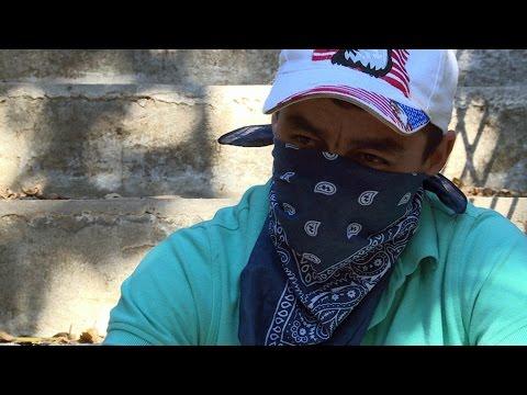 #Reporters - La jeunesse du Salvador pris en otage par les Maras, des gangs ultraviolents