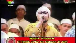 Habib Ja'far bin Ustman Al Jufri ( Allahu Allah/ Lagu kebangsaan JMC )