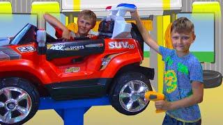 Развлекательный Центр для Детей Игорь и Богдан катаются на машинках Indoor Playground for Kids