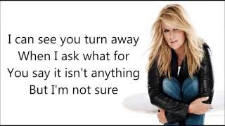 Watch Trisha Yearwood The Woman Before Me video
