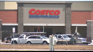 Traffic light installed for new Costco