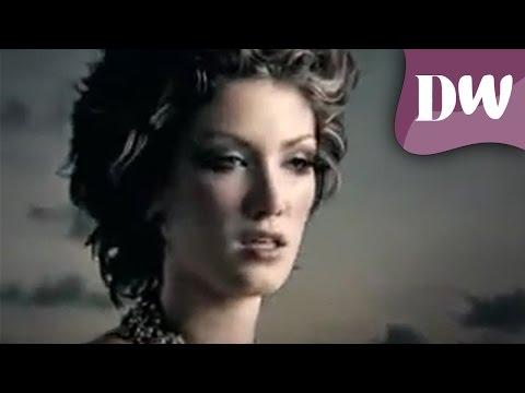 Delta Goodrem - Mistaken Identity (Official Music Video) streaming vf