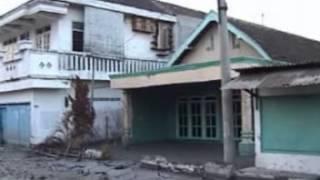 Download Video tragedi lumpur lapindo 2006-2012 bagian 1 MP3 3GP MP4