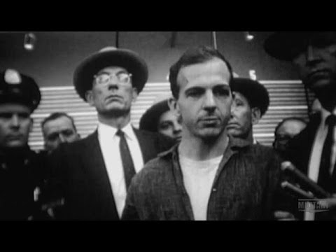 Press Circus at the Dallas PD | Capturing Oswald