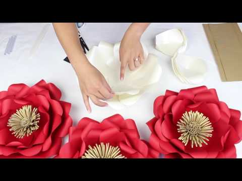 "DIY Paper ""Tiffany"" Flower Tutorial - My Wedding Flower Backdrop"