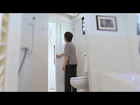 Pd Door at toilet & Pd Door at toilet - YouTube