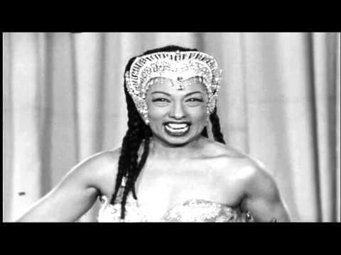 Josephine Baker medley:Voila Paris1955 ...