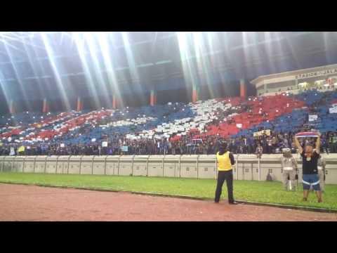 Merinding ! Bobotoh viking menyanyikan Lagu kebangsaan Indonesia raya di Std SJH #BhinnekaTunggaLika