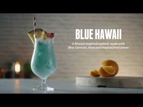 How To Make A Blue Hawaiian Cocktail Recipes Youtube