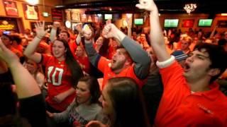 Clemson Fans Celebrate A Touchdown