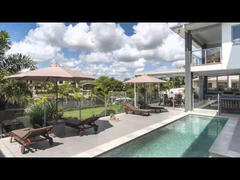 78* sq of Sheer Indulgence on the Water - 5 North Bank Court, Helensvale, Riverlinks