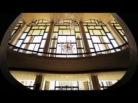 The Metropolitan Opera House | Curbed Tours