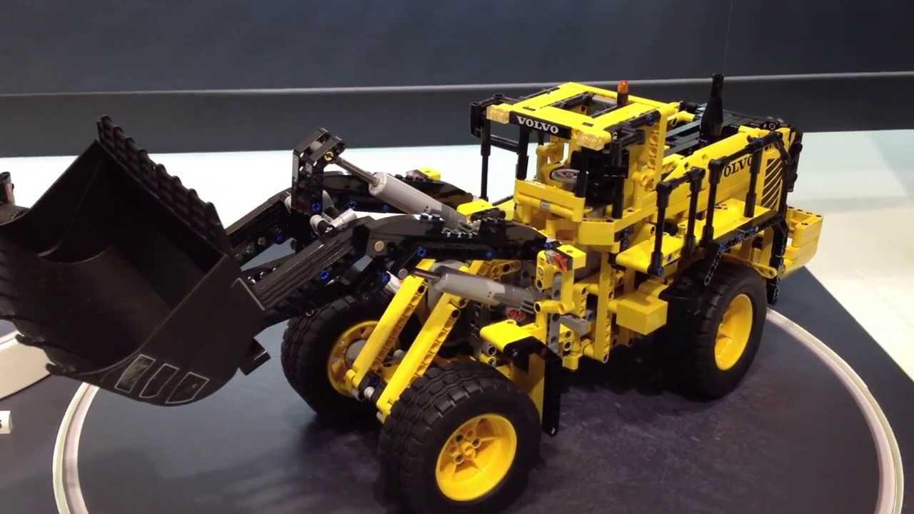 lego technic volvo buldozer 42030. Black Bedroom Furniture Sets. Home Design Ideas