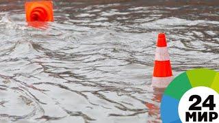 На Амуре из-за паводка затонул строительный кран - МИР 24