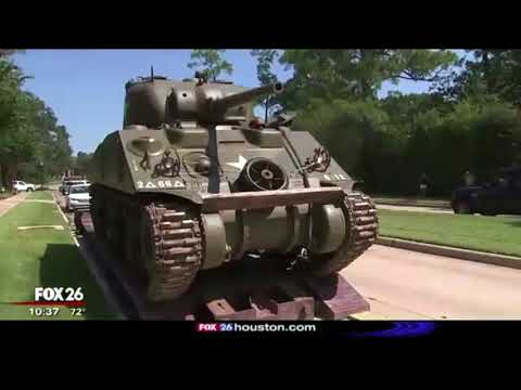 HOUSTON ATTORNEY TONY BUZBEE DROPS A TANK ON RIVER OAKS BLVD!
