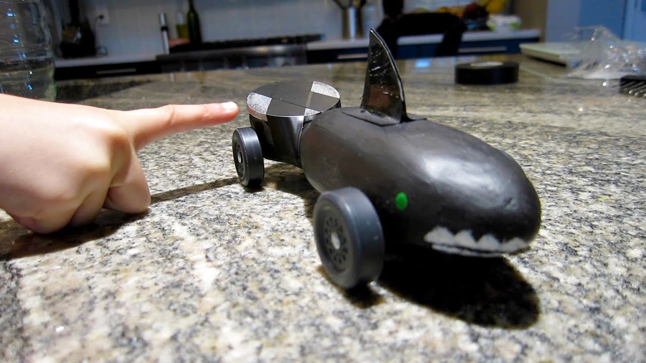 how to make a derby car