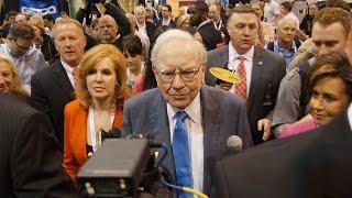 Warren Buffett Gets Ready for the Annual Berkshire Hathaway Meeting
