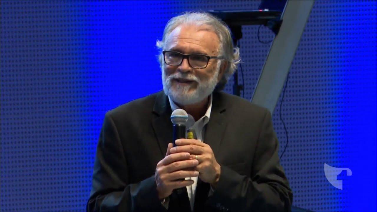 Pastor Estevam Fernandes - A Singularidade do Espírito Santo