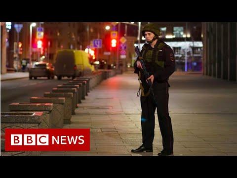 Moscow shooting: Gunshots heard at security services HQ – BBC News
