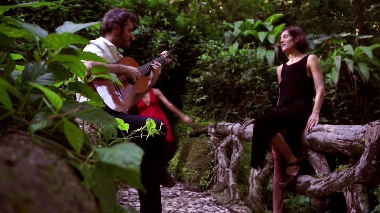 Encrucijada - Olivia & Jeronimo - YouTube