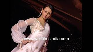 Deepika Padukone - before she became an actress - walks ramp for Manish Malhotra, with top models