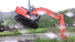 Repeat youtube video The Tale Of The Stuck Excavator. The Rescue Part 1