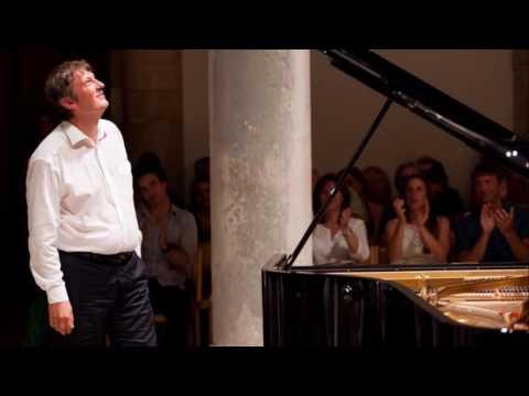 Boris Berezovsky plays Rachmaninov: Rhapsody on the Theme by Paganini, op.43 (2015)